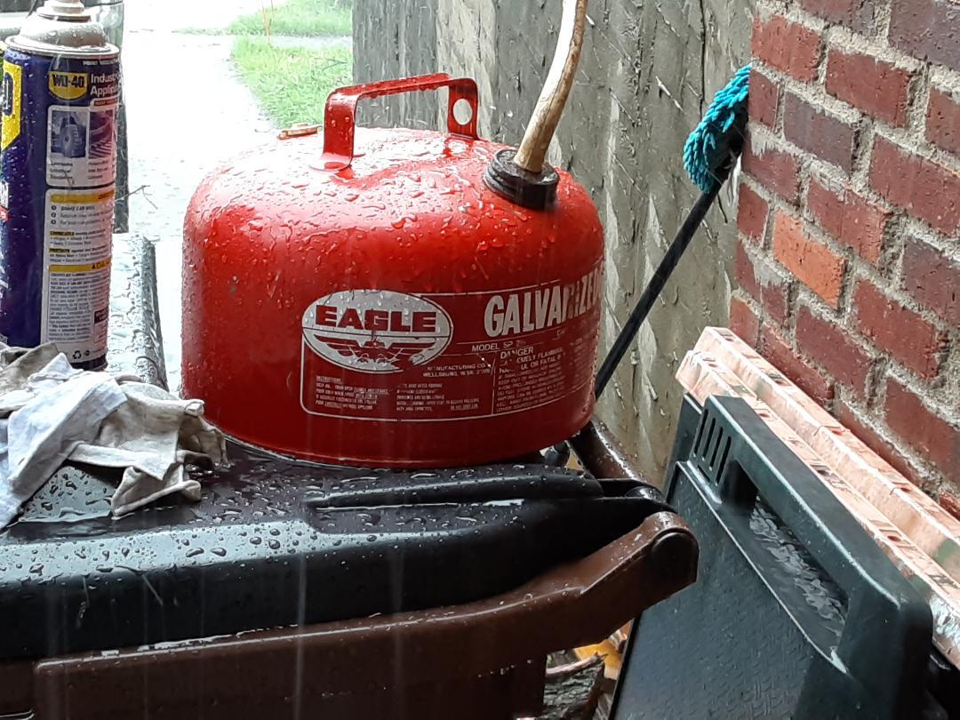gas can3.jpg
