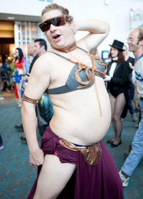 Princess-Leia-Bikini-Cosplay-man.jpg